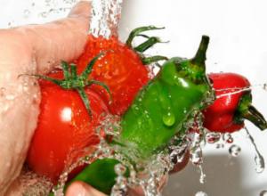 Роспотребнадзор дает рекомендации таганрожцам по профилактике пищевых отравлений в новогодние праздники