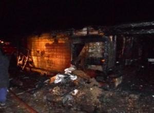 В одном из частных дворов Таганрога сгорела баня
