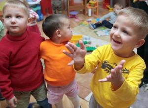 В Таганроге на праздники разобрали по домам всех сирот