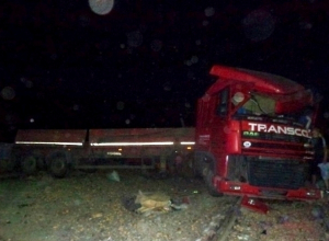 В Неклиновском районе столкнулись поезд Таганрог - Успенская и большегруз DAF