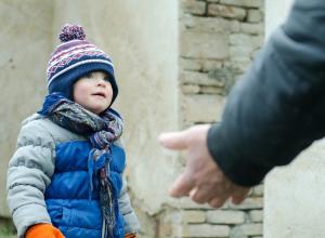 В соцсетях Таганрога обсуждают неизвестных, которые якобы пристают к детям