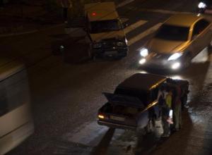 Два ребенка пострадали в ночном ДТП в Таганроге