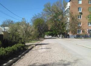 Водоканал Таганрога отметился «раскопками» на улице Менделеева и не думает делать ремонт