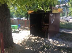 В Таганроге блатной мангал будоражит своим беззаконием и равнодушием власти