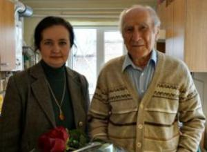 Ветеран войны, удостоенный орденов Славы, отметил 93-й день рождения в Таганроге