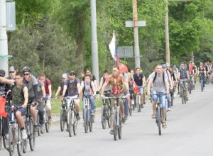 20 километров преодолели таганрогские велосипедисты в память о героях войны