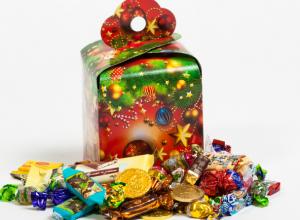 Таганрогские дети получат вкусные подарки на Новый год