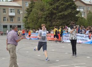 В Таганроге названы победители традиционной городской легкоатлетической эстафеты
