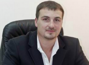 Депутат Артем Екушевский подозревает, раз начали кое-где косить амброзию, значит, едет губернатор