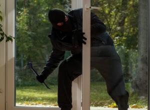 Под Таганрогом полицейские раскрыли кражу на двести тысяч рублей