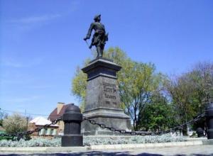 О тебе любимый город: памятник императору Петру I