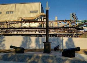 Таганрожцы озадачены смыслом нового памятника возле «Тагмета»