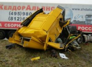 Автобус с 50 пассажирами из Таганрога попал в смертельное ДТП по дороге в Москву