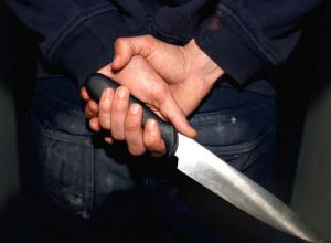 В Таганроге взбесившаяся от ревности женщина зарезала свою соперницу