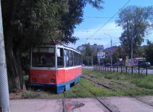 «Восстанием машин» назвали таганрожцы очередной сход трамвая с рельсов