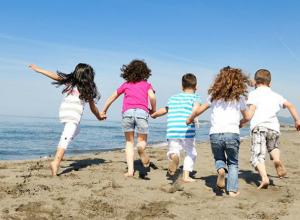Региональные министерства труда и образования будут контролировать отдых детей