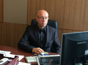 Педагог Виктор Макаренко восстановлен и приступил к работе в Таганроге