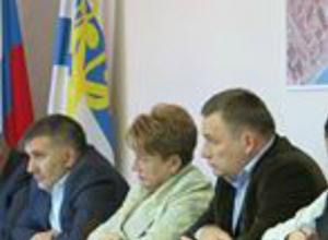 Злободневные проблемы обсуждала комиссия по ЖКХ городской Думы
