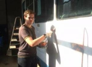 Пять таганрогских трамваев обретут новые яркие цвета