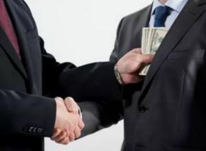 Двух братьев-москвичей обвиняют в даче взятки сотрудникам таганрогской таможни