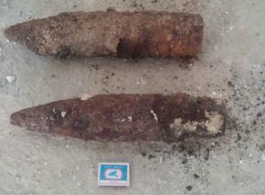 Два боевых снаряда откопал у себя на огороде страшно перепуганный житель Таганрога