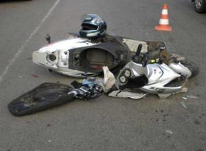 В Таганроге пенсионер на «ВАЗе» сбил несовершеннолетнего скутериста