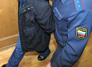 Буйный житель Таганрога под градусом покалечил полицейского ударом в голову