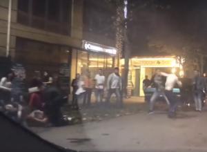 Массовая драка в центре Таганрога попала на видео