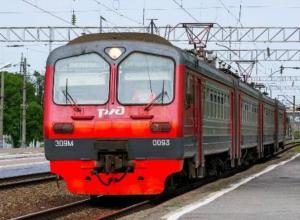 Подозрительный предмет парализовал движение электричек «Таганрог-Успенская» в Ростовской области