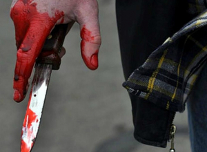 Провожавший чужую супругу до дома мужчина погиб от рук соседа в Таганроге