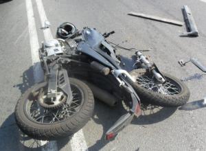 17-летний мотоциклист спровоцировал тройное ДТП на трассе Таганрог-Ростов