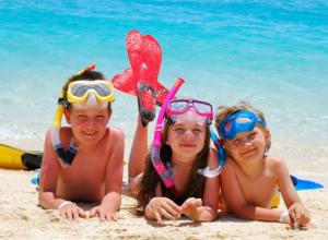 Таганрогская фирма летом  организует отдых детей на море из Новочеркасска