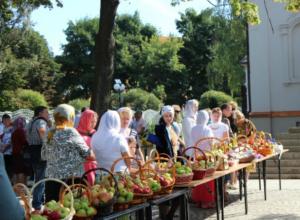 Сегодня таганрожцы отмечают Яблочный Cпас (Преображение Господне)