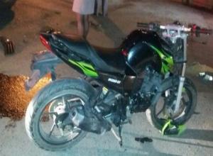 В ночном ДТП в Таганроге серьезно пострадал мотоциклист