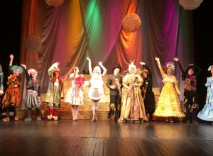 Театр имени Чехова представил на суд зрителей премьеру в Таганроге