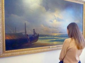 Подлинные картины Айвазовского привезли на выставку в Таганрог
