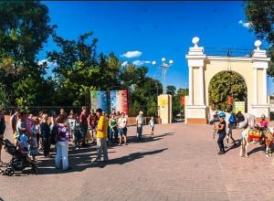 Таганрожцы поразились открытиям на экскурсии по «Жемчужине Азовского моря»