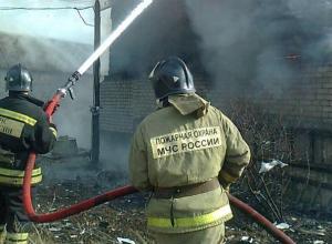 При пожаре в Таганроге пострадал человек