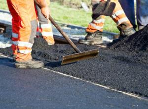 На ремонт дорог в Ростовской области потратят 2,5 миллиарда рублей