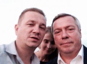Сегодня  День рождения у Дмитрия Беспалова – руководителя «Молодежного клуба» в Таганроге