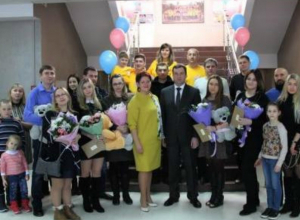 Праздник «Растем вместе с городом» порадовал молодых родителей в Таганроге