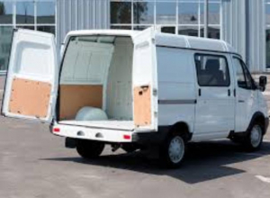Предприимчивый автослесарь из Таганрога продал пригнанный на ремонт автомобиль