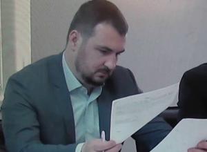 По просьбе депутата  Артема Екушевского  в  Думе был рассмотрен  вопрос  о финансовом  состоянии  Водоканала Таганрога