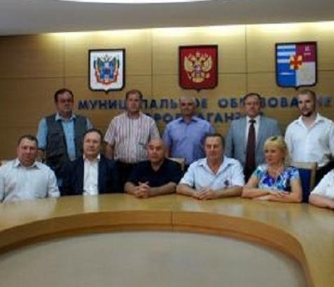 Город-побратим из ЛНР поблагодарил таганрожцев за гуманитарную помощь