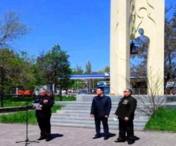 В Никольском храме Таганрога отслужили панихиду по погибшим ликвидаторам ЧС в Чернобыле