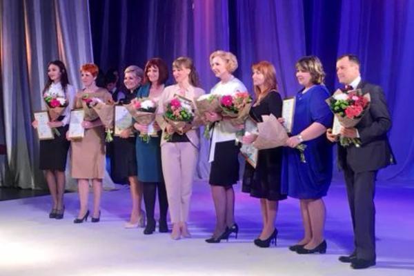 Лучшим учителем Дону признали таганроженку Елену Кирьякову