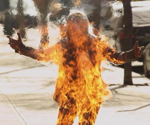 ВРостовской области женщина подожгла магазин изагорелась сама