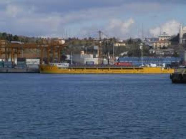 Бастующим таганрогским морякам выплатили более 1,5 миллионов рублей заработной платы