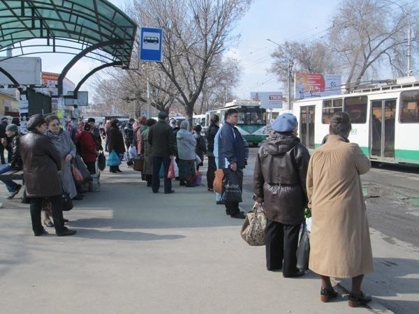 В Таганроге не удается решить проблемы с пассажирскими перевозками