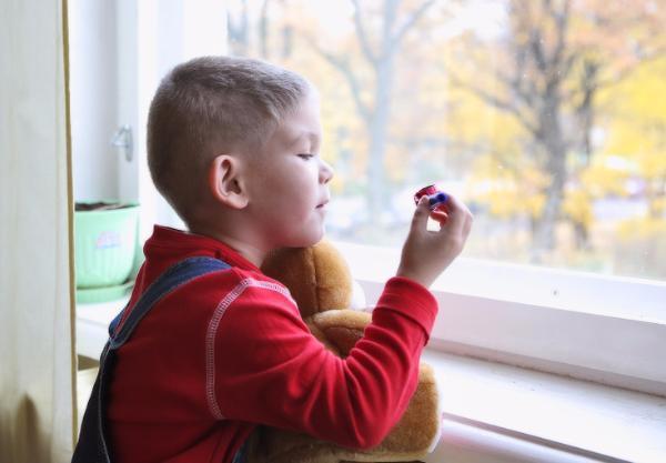 Дополнительные социальные гарантии от государства дали таганрогским сиротам надежду на лучшую жизнь